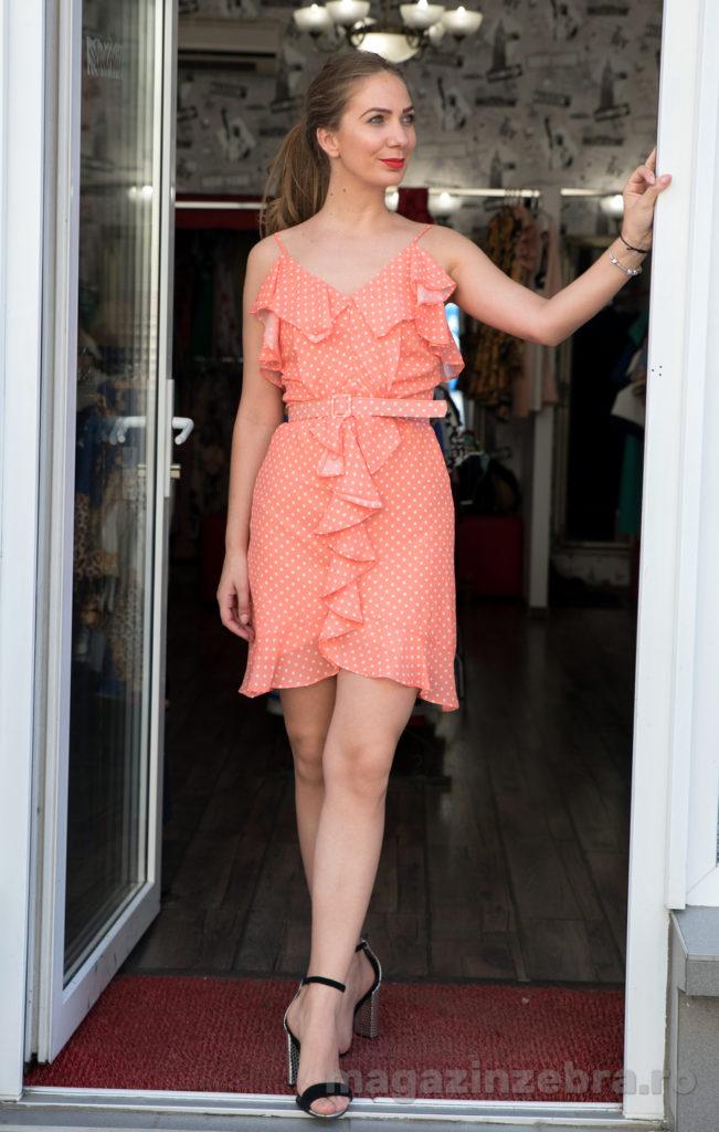 Rochie Casual Mini Pe Fond Orange Cu Buline Fata