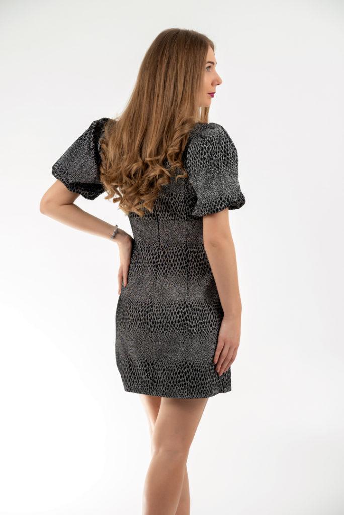 Rochie Eleganta Mini Neagra Cu Insertii Argintii Si Maneci Bufante Spate