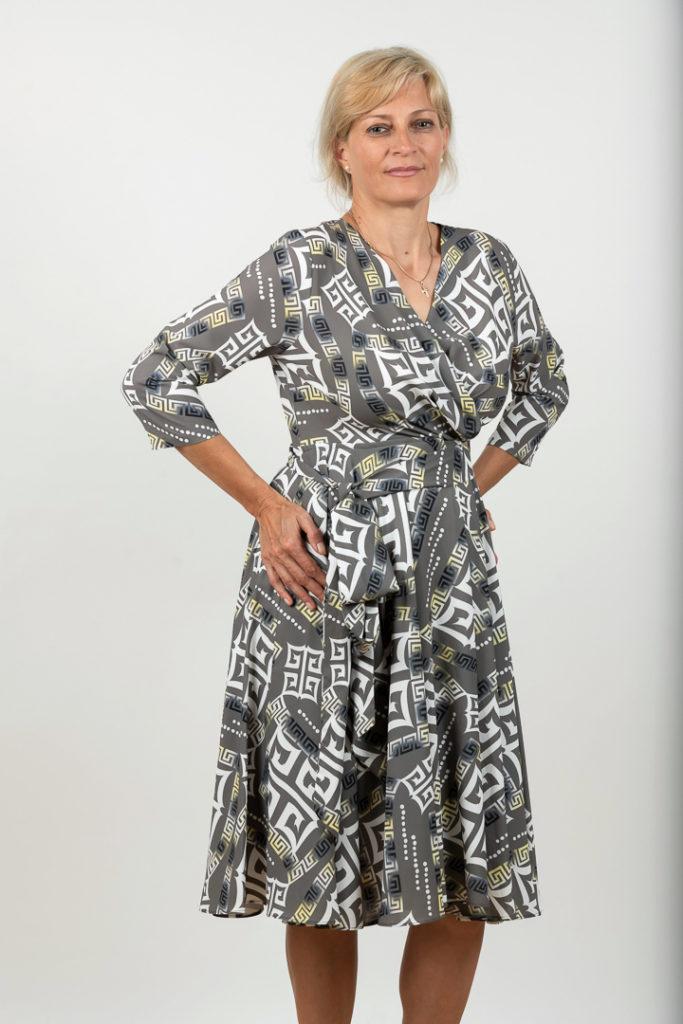 Rochie Plussize In Clos Cu Imprimeu Abstract